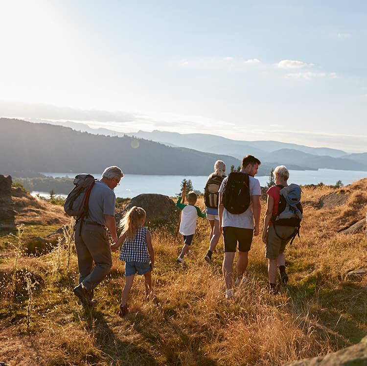 family-together-outdoors-going-on-a-walk-in-the-lake-district